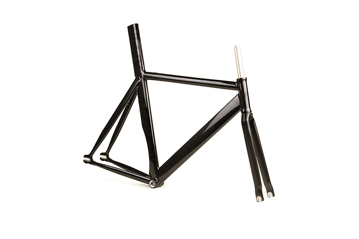 KISSENA Film Grain Black(2015)
